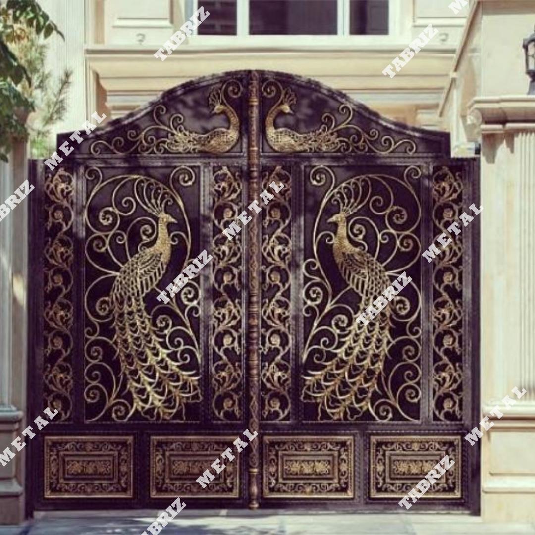 درب طاووس شمالی مناسب برای حیاط ویلا باغ ساختمان